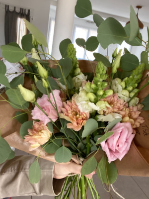 Fleur bouquet Mezeray fleuriste Les Oeillets d'Amour