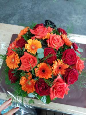 Faire livrer composition florale Elancourt fleuriste Fleurs et Nature
