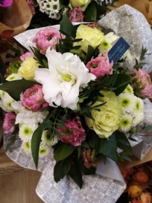 Bouquet fleurs Saint-Andre-En-Royans fleuriste créateur Les Fleuristes
