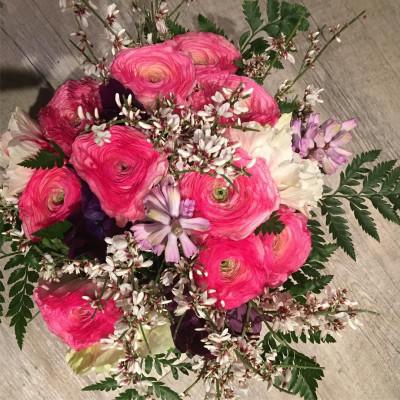 Offrir bouquet de fleur Moisselles artisan fleuriste Les Pipelettes Fleuries