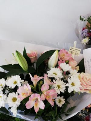 Livraisons de bouquets Mios fleuriste créateur Fleurs Océanes