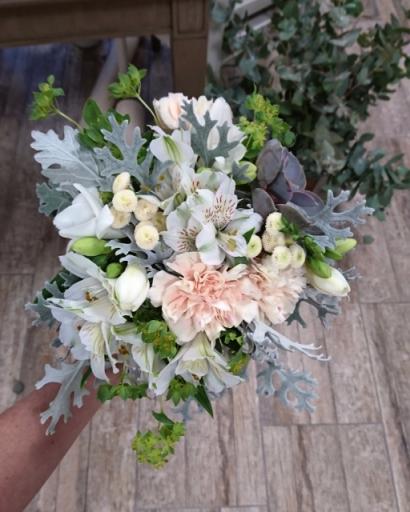 Envoyer bouquet de fleur Monbequi artisan fleuriste Rose Bohème