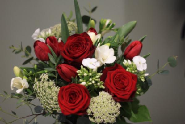 Envoie de bouquet sur mesure Ruille-Le-Gravelais  Les Bouquets d'Amélie