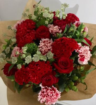 Offrir bouquets de roses sur mesure Les Bouquets d'Amélie à Le Genest-Saint-Isle