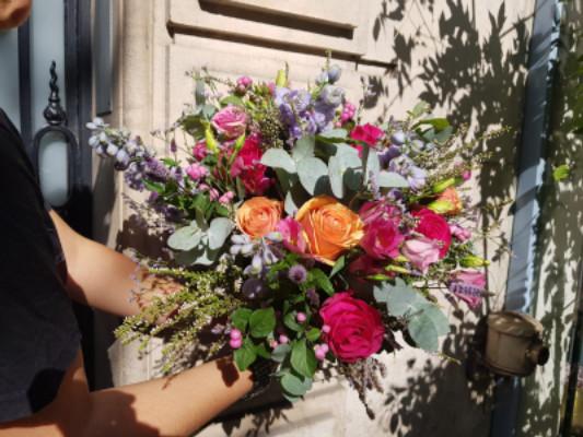 Envoyer des fleurs à domicile Wisteria Fleuriste à Paris