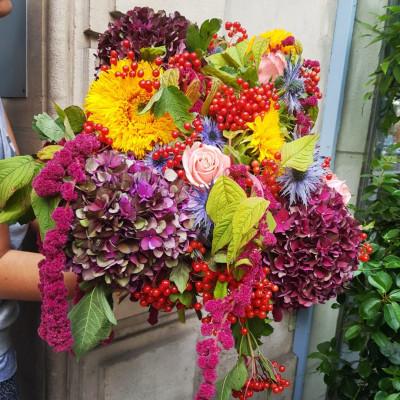Offrir des fleurs en ligne Wisteria Fleuriste à Paris