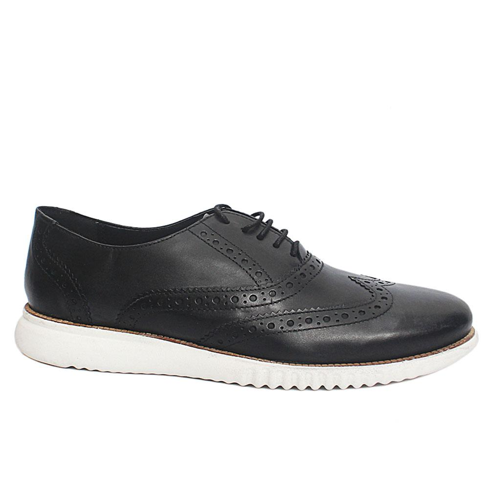 Black Leather Comfort Fit Sneakers