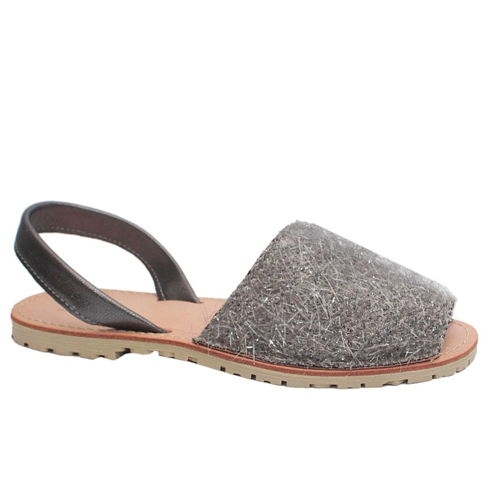Sz 38 Lublin Gray Shimmering Leather Peep Toe Sandals