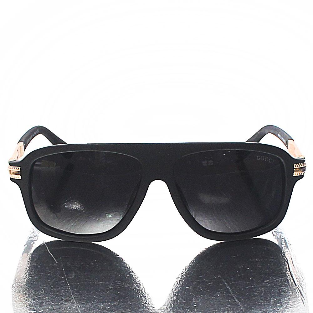 Black-Wayfarer-Dark-Lens-Sunglasses