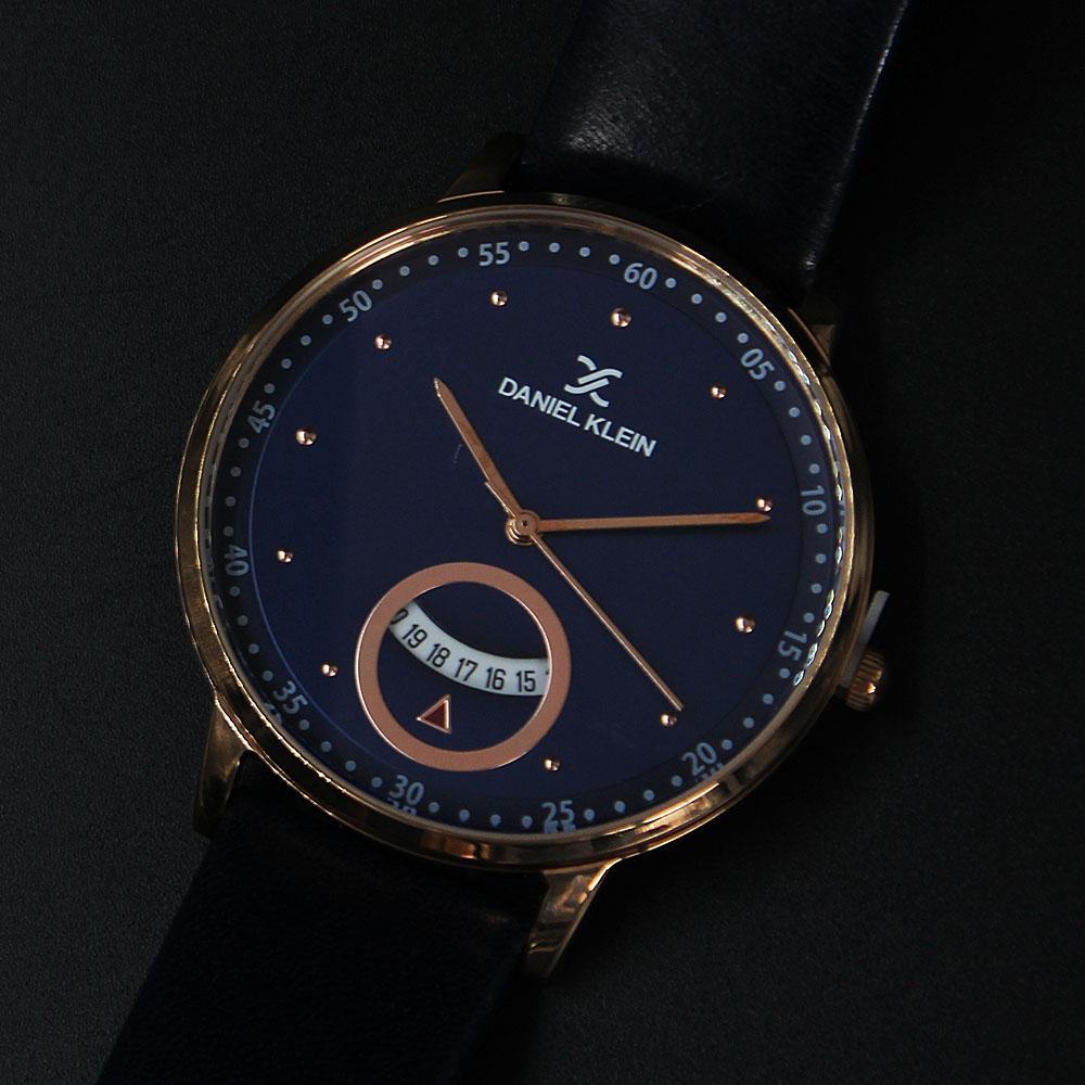 Daniel Klein Vintage Rose Gold Navy Leather Flat Watch