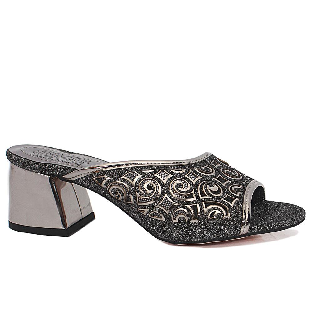 Leire Silver Black Open Toe Shimmering Leather Low Heel Slippers