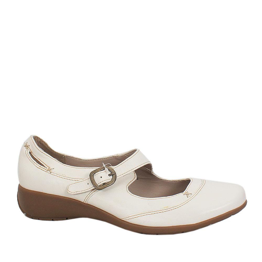 Footglove-White-Leather-Ladies-Flat-Shoe