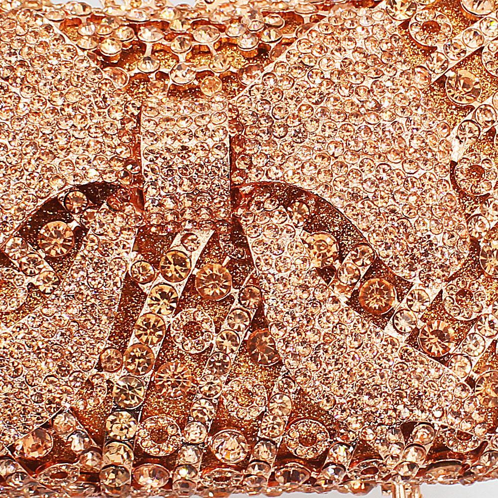 http://s3-eu-west-1.amazonaws.com/coliseumimages/square_11bf65609cb14431.jpg