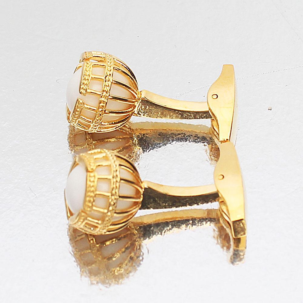 http://s3-eu-west-1.amazonaws.com/coliseumimages/square_36db01e73b8e47bc.jpg