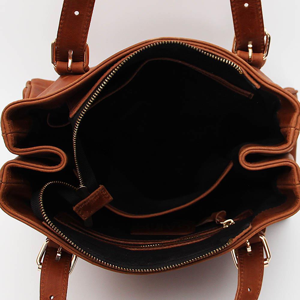 http://s3-eu-west-1.amazonaws.com/coliseumimages/square_4a453cc77af543ca.jpg