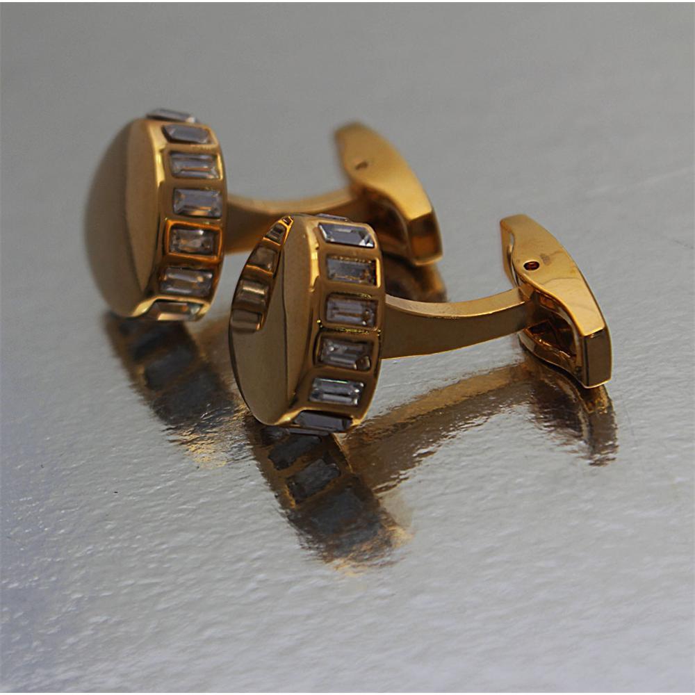 http://s3-eu-west-1.amazonaws.com/coliseumimages/square_51ef7be3638348e5.jpg