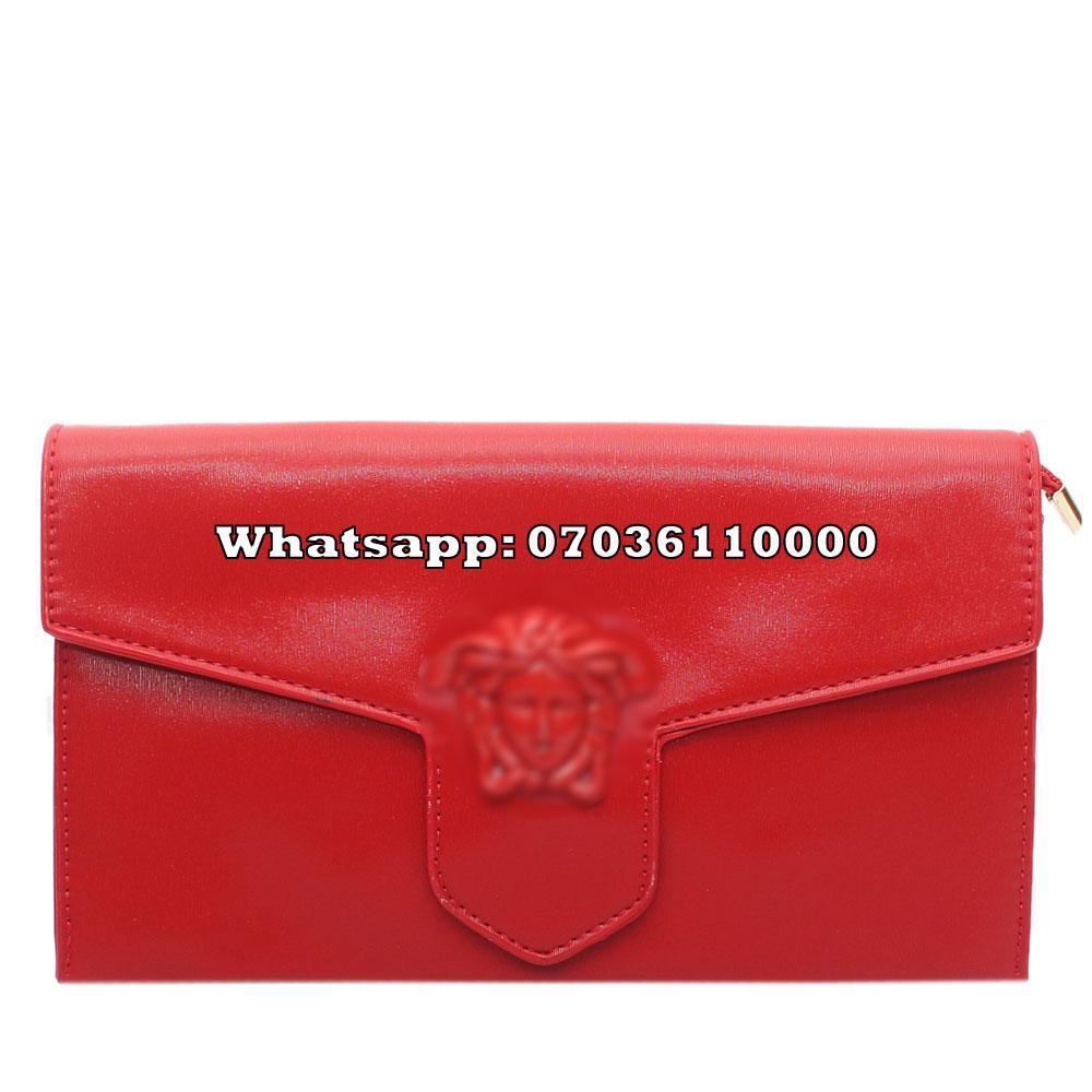 http://s3-eu-west-1.amazonaws.com/coliseumimages/square_637e9d53187a40a8.jpg