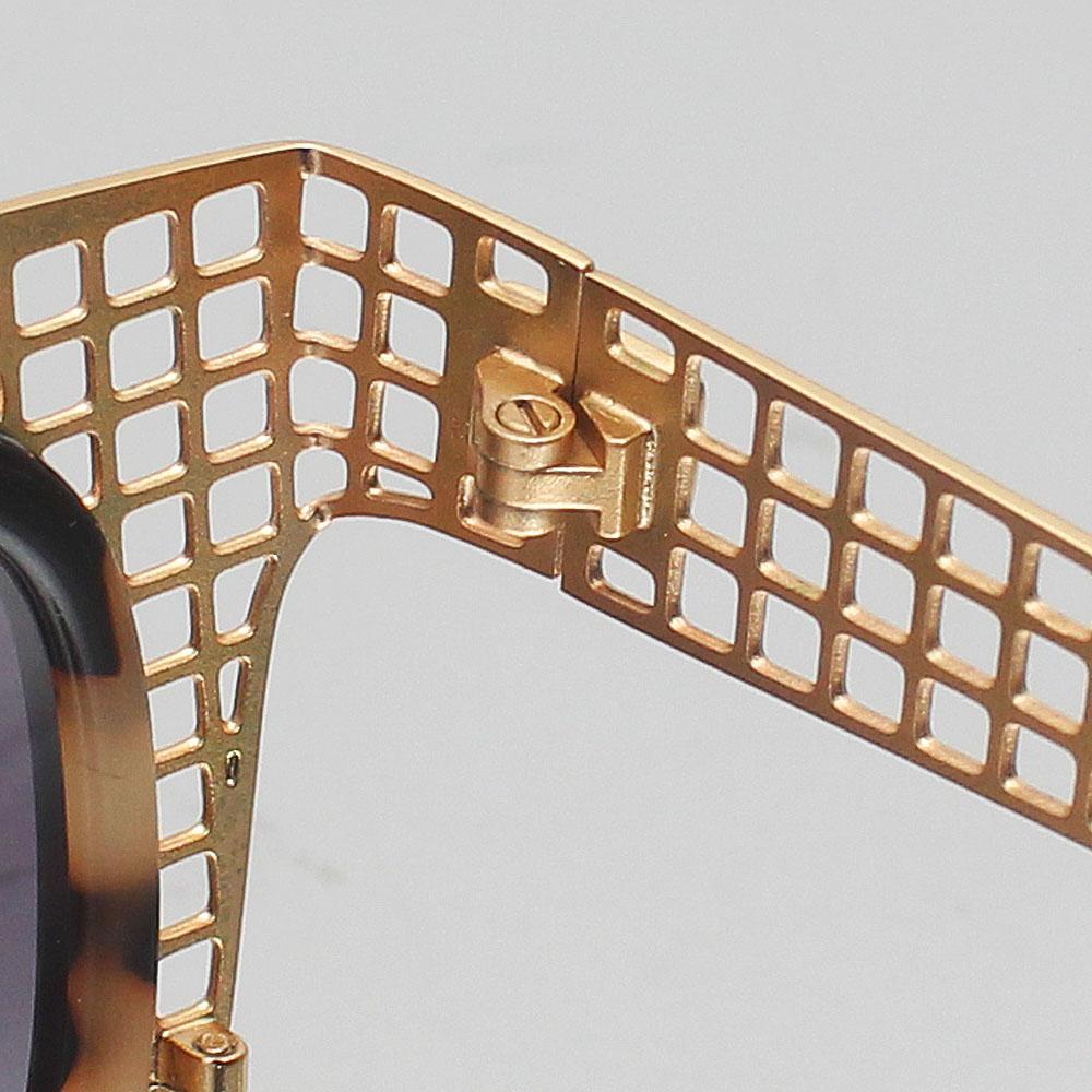 http://s3-eu-west-1.amazonaws.com/coliseumimages/square_7f326b3446a24204.jpg