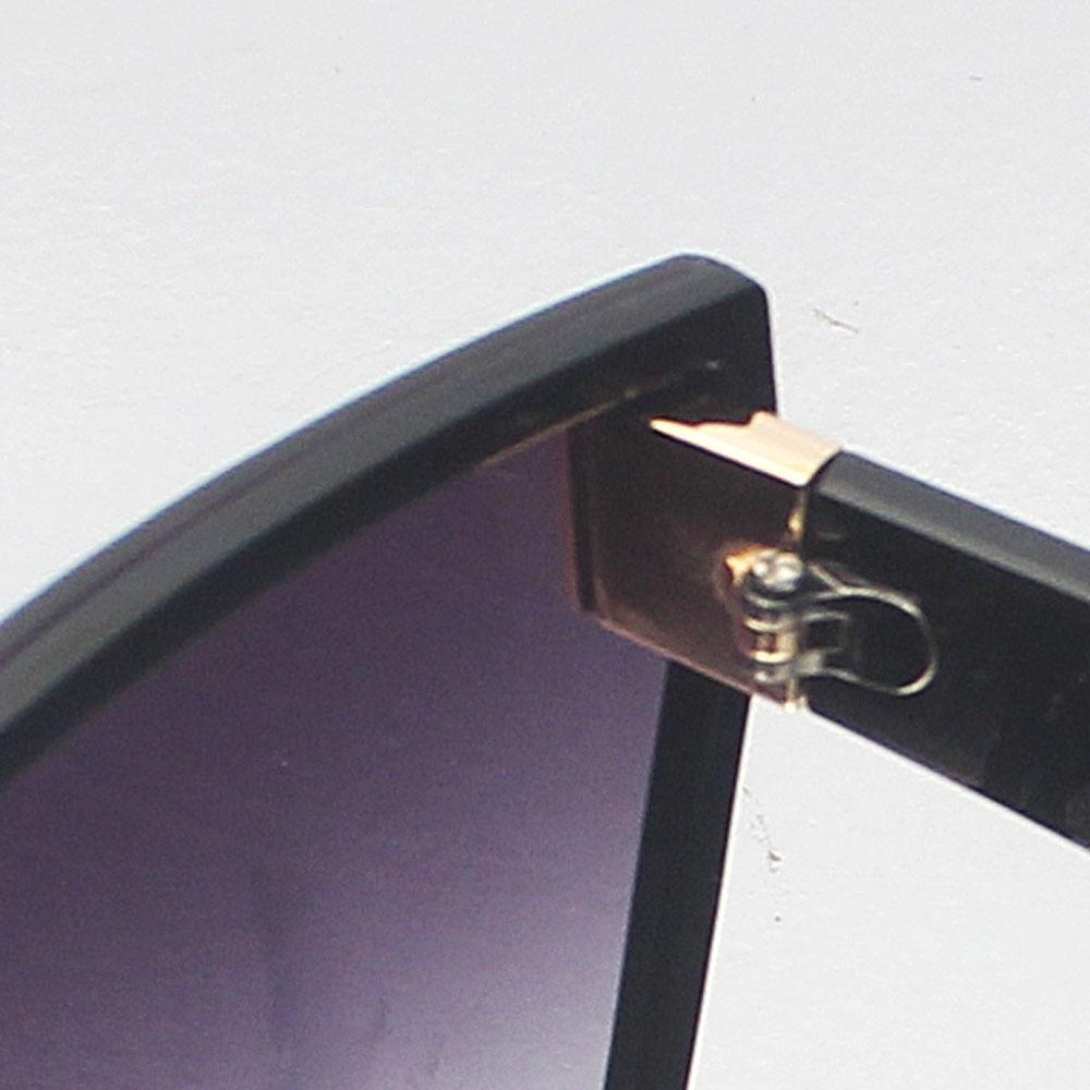 http://s3-eu-west-1.amazonaws.com/coliseumimages/square_9ab97d11f7ba4d9d.jpg