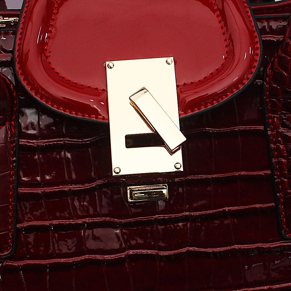 http://s3-eu-west-1.amazonaws.com/coliseumimages/square_a614356018da4043.jpg