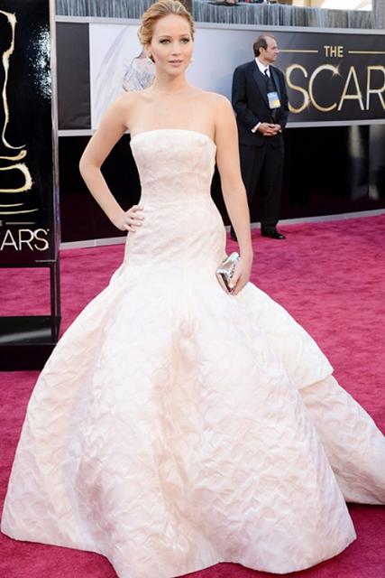 Os Melhores Vestidos dos Óscares 2013
