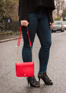 black_mules_red-bag-ripeed-jeans