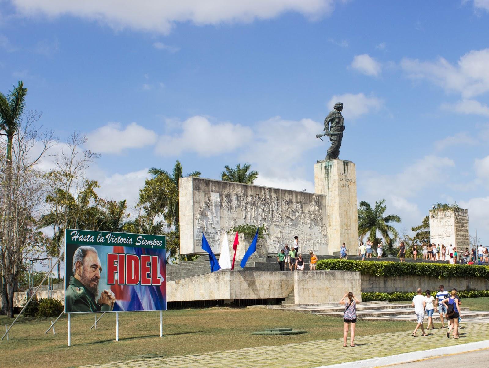 CheGuevara_SantaClara_Cuba_Travel_Guide28129