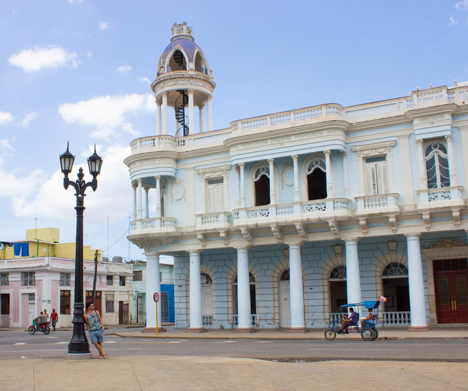 Cienfuegos_Cuba_Travel_Guide28129