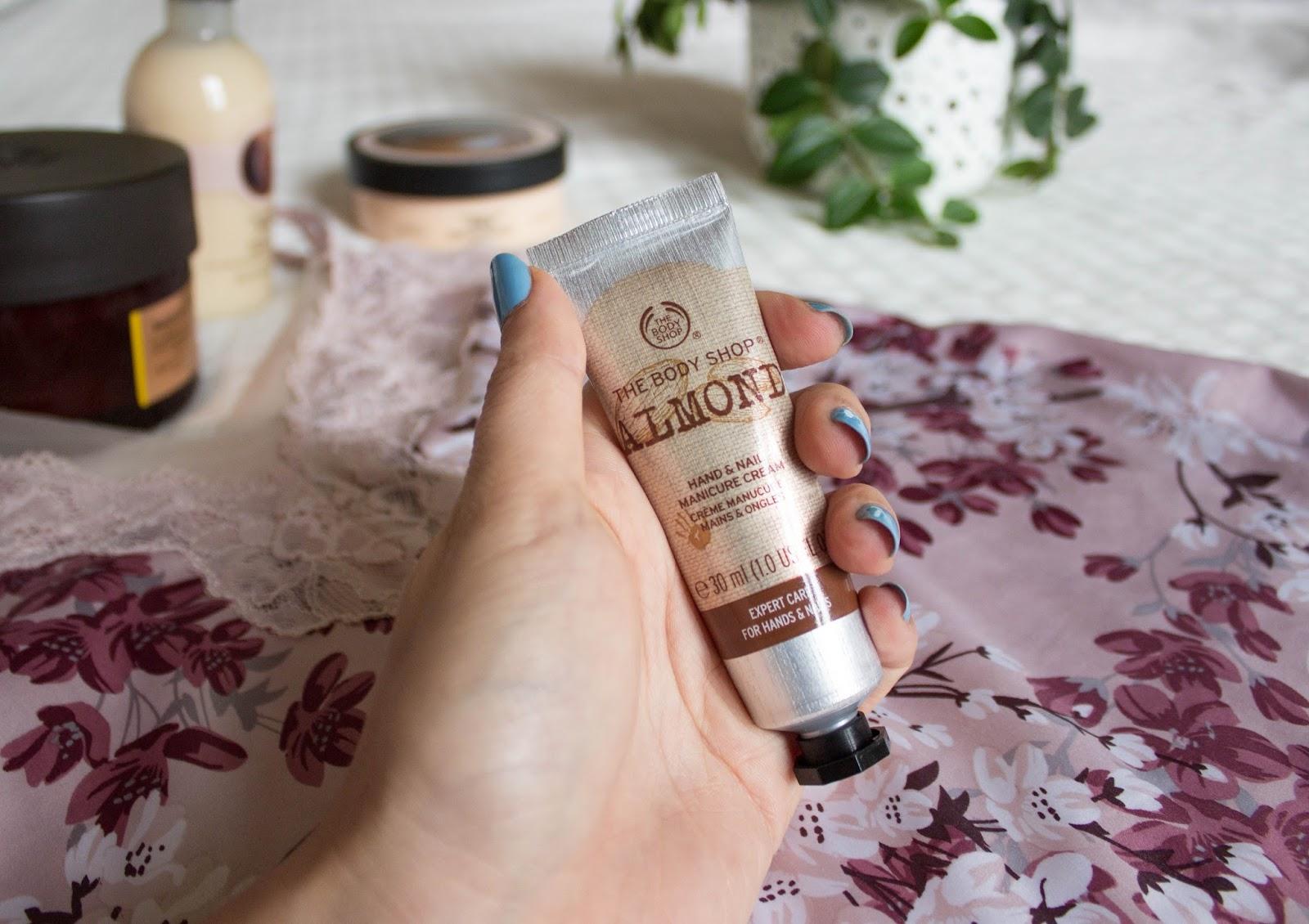 The Body Shop -Almond Hand Cream