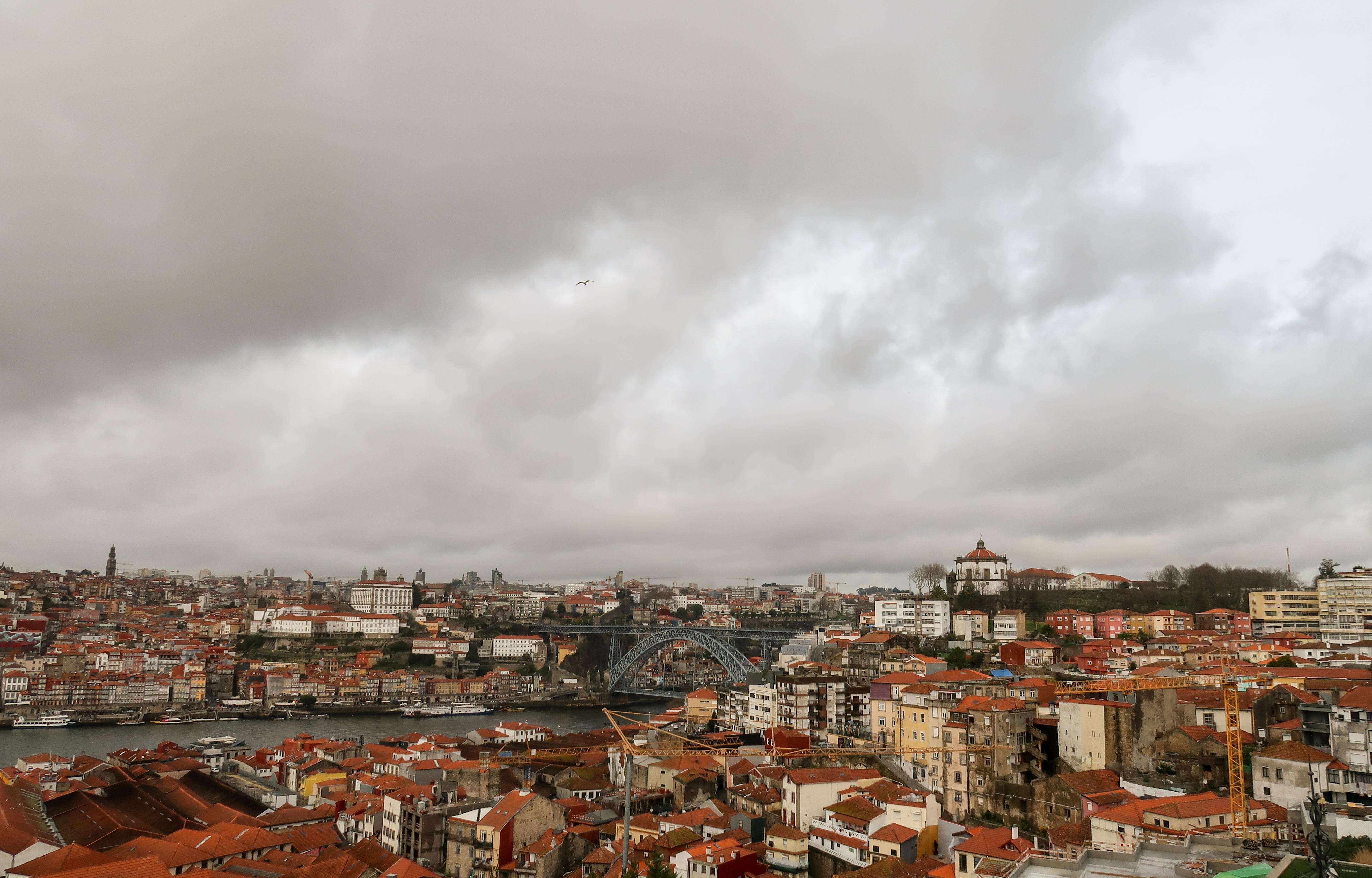 Yeatman - Oporto cityscape
