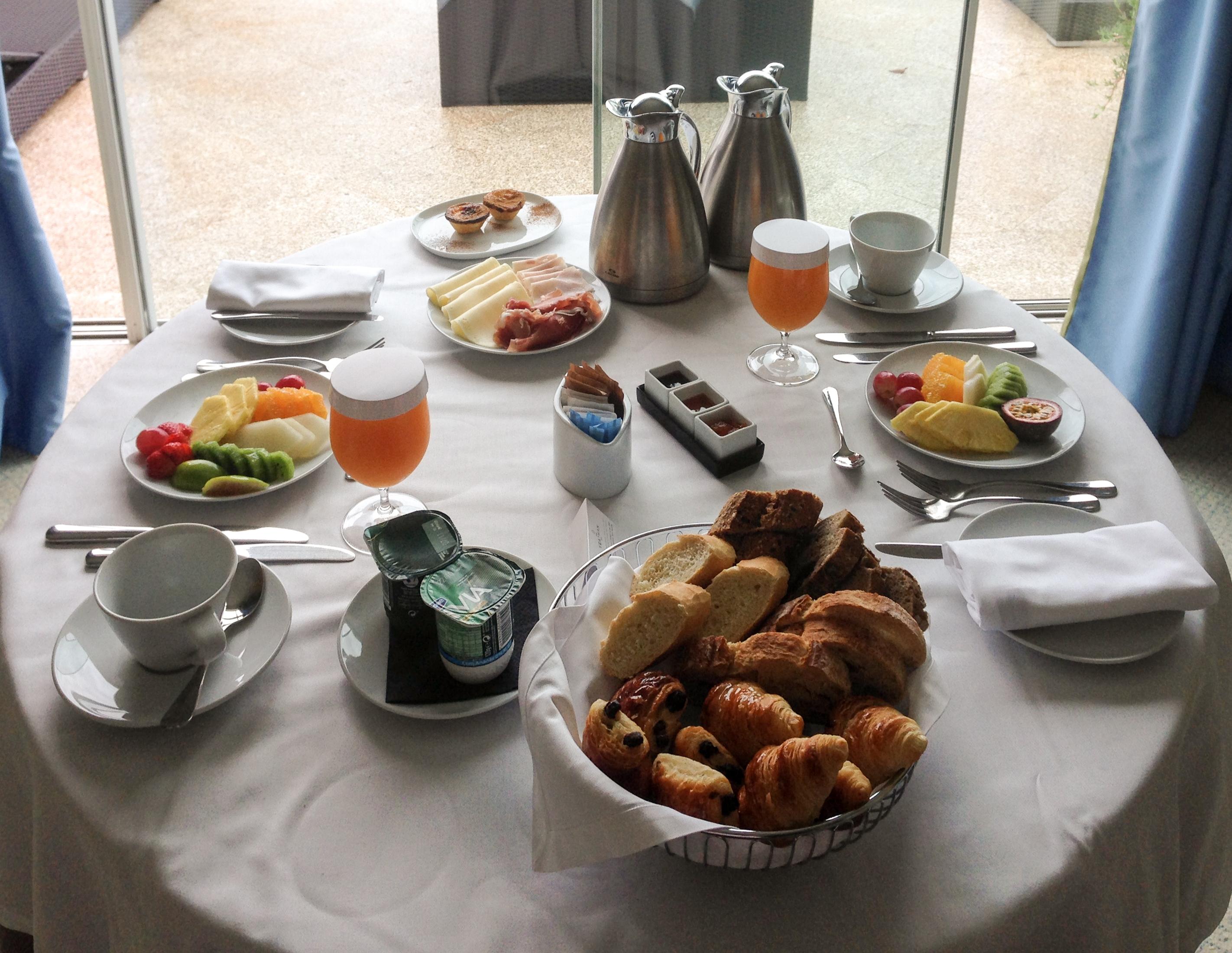 Mega Breakfast Yeatman