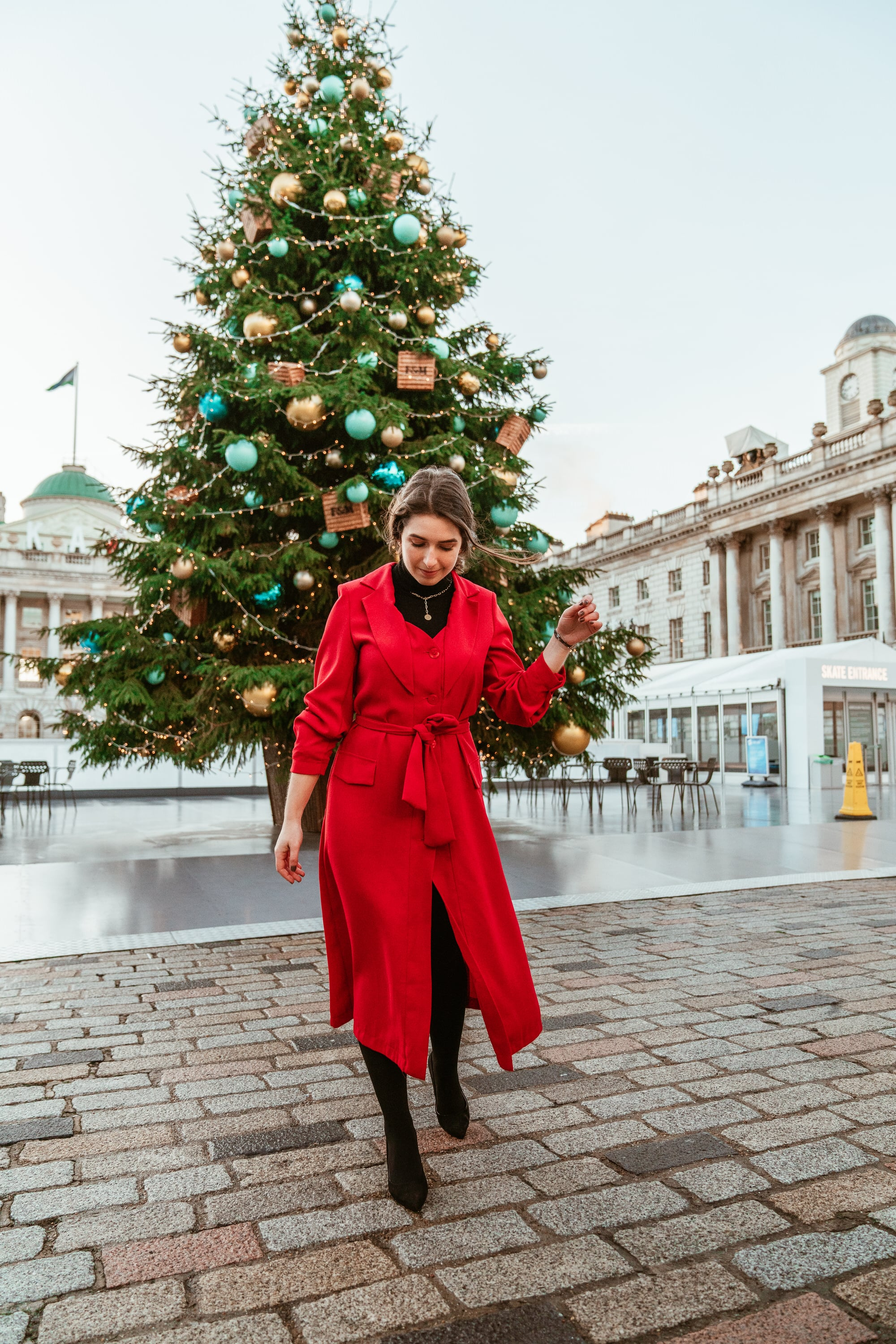 Christmas Look with Sophie Trench-Coat from Sienna