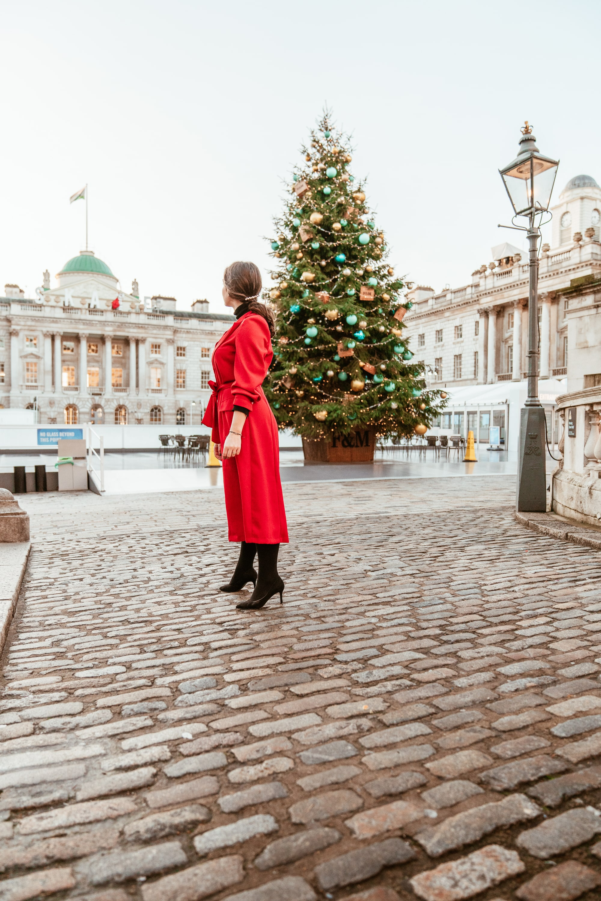 Arara Pintada wears Sienna Red Dress while spending her First Christmas in London