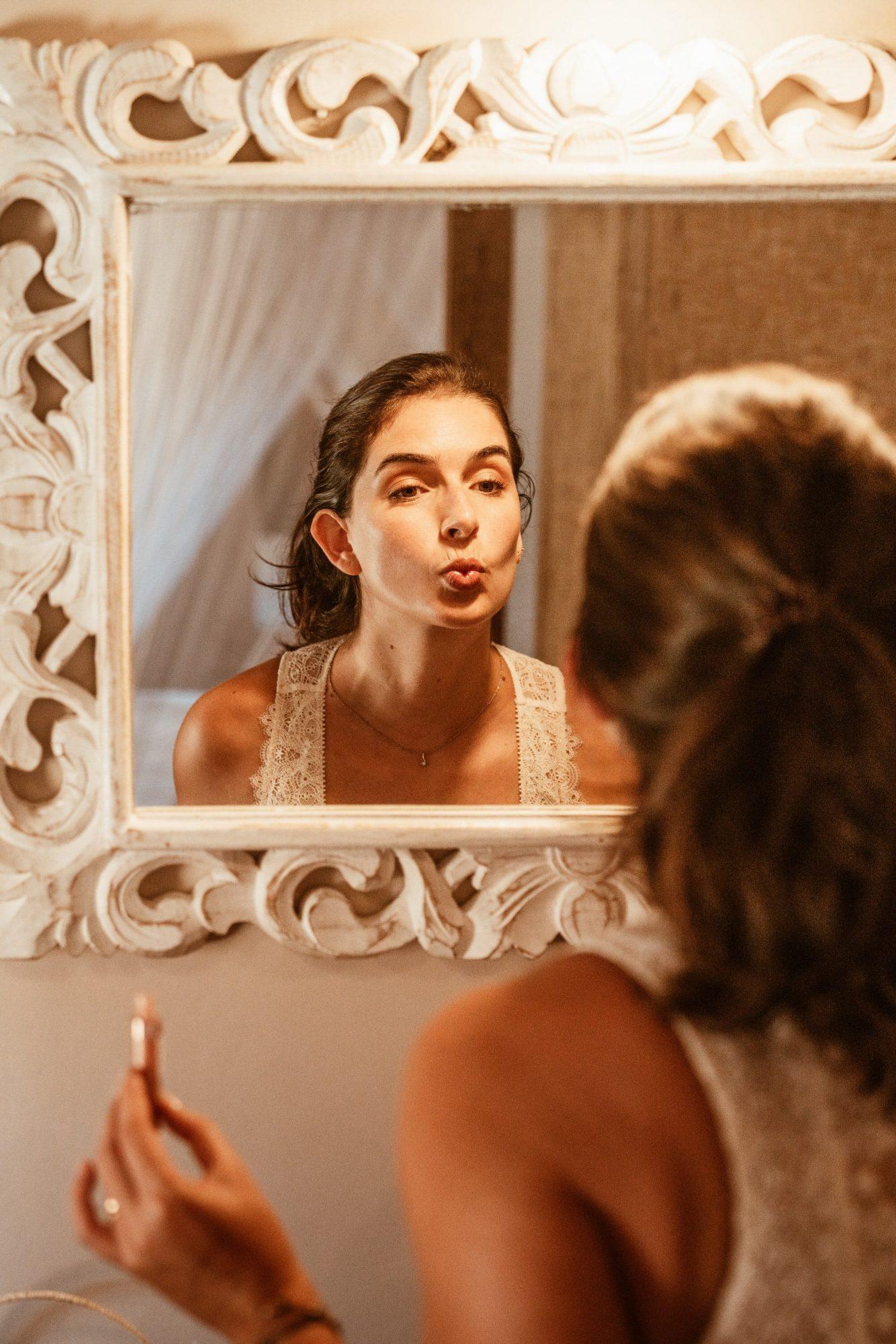 intimate photo shoot by Arara Pintada