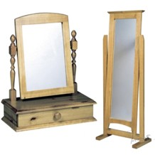 Round mirrors, small mirrors, large mirrors, bevelled mirrors, funky mirrors and classical mirrors