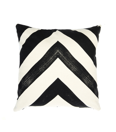 Cushion Arrow - Black