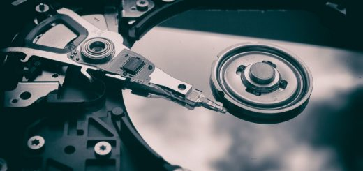Les modes RAID dans les disques durs vous permettent d'accélérer le traitement des données tout en les sécurisant. On vous aide à comprendre les différents modes RAID.