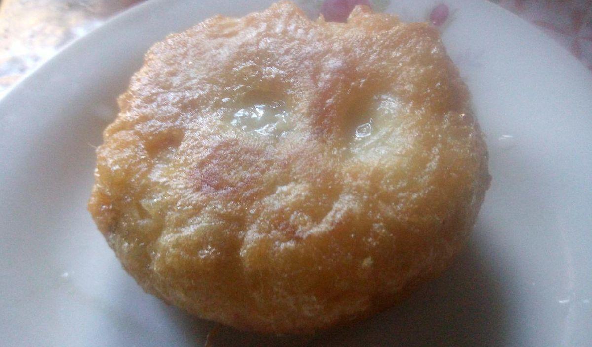 La pétisse à la viande hachée est un snack avec un revêtement de pomme de terre sur la viande hachée. C'est un délice. Découvrez comment la faire.