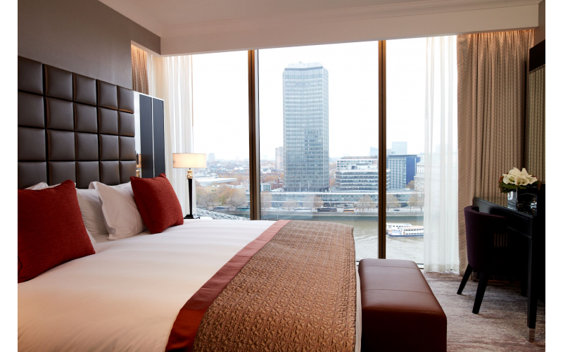 Win a nights' stay for two people worth £700 at Crowne Plaza London - Albert Embankment