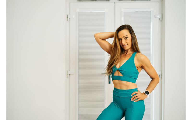 3 months of Premium membership to Anna Cousins, an online personal training website.