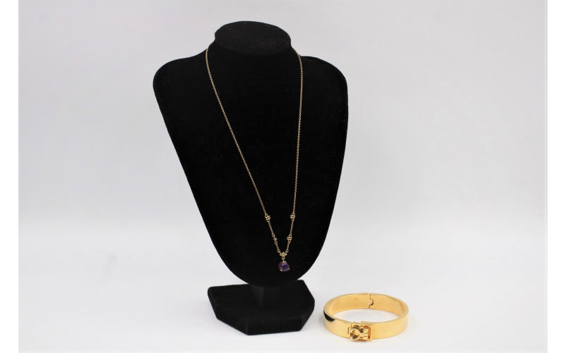 fine royal jewellery from Vintage Cash Cow