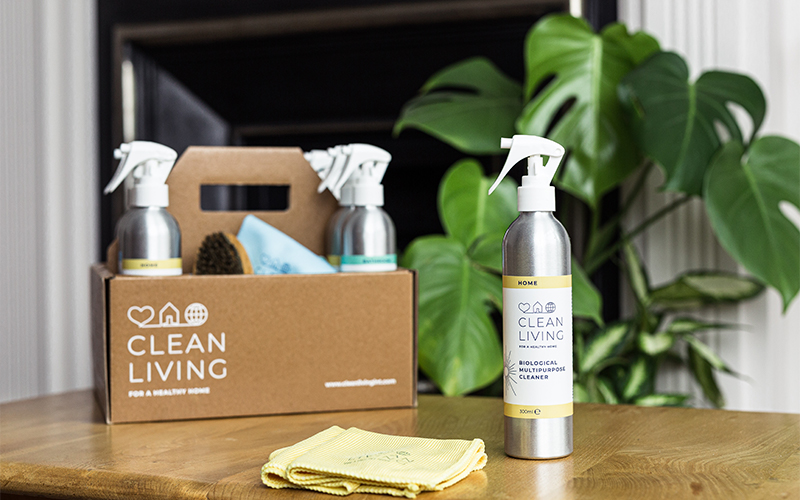 Eco-friendly, refillable cleaning hampers with Clean Living!