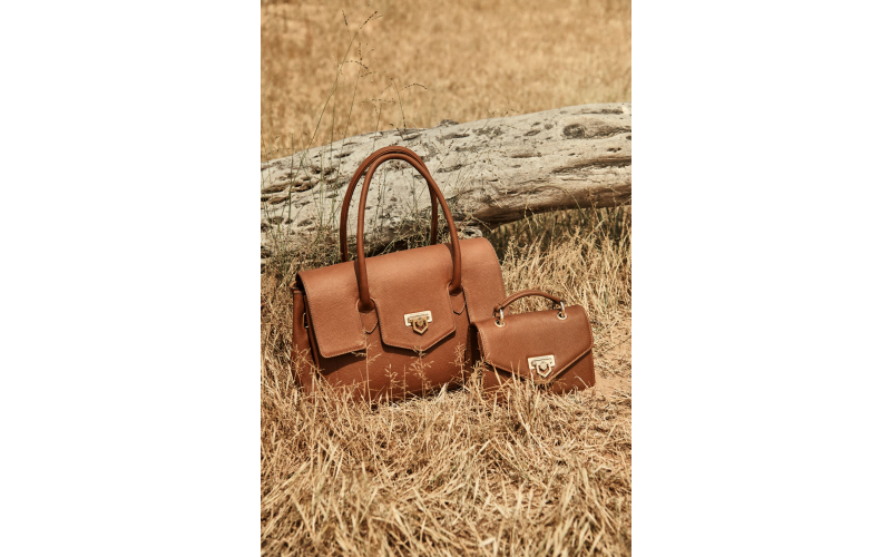 1 Loxley Shoulder Bag and 1 Mini Loxley bag in a colour of your choice