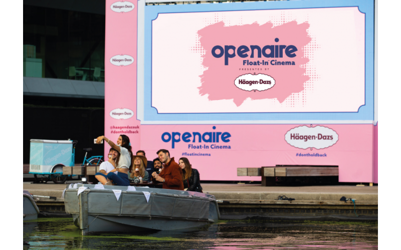 A boat for up to x8 people with your favourite Häagen-Dazs ice cream