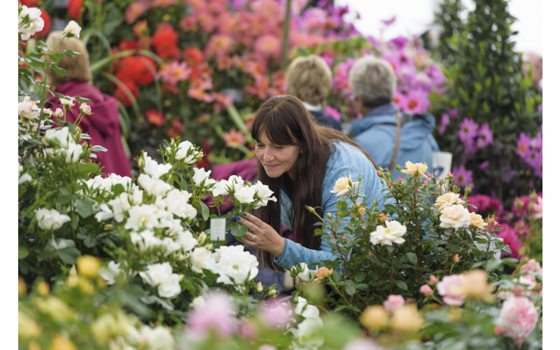 Tickets to RHS Chatsworth Flower Show (June 5-9)