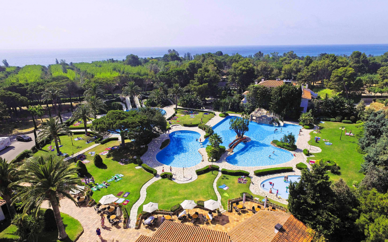 Win a fabulous 7 night holiday worth £500 from Eurocamp