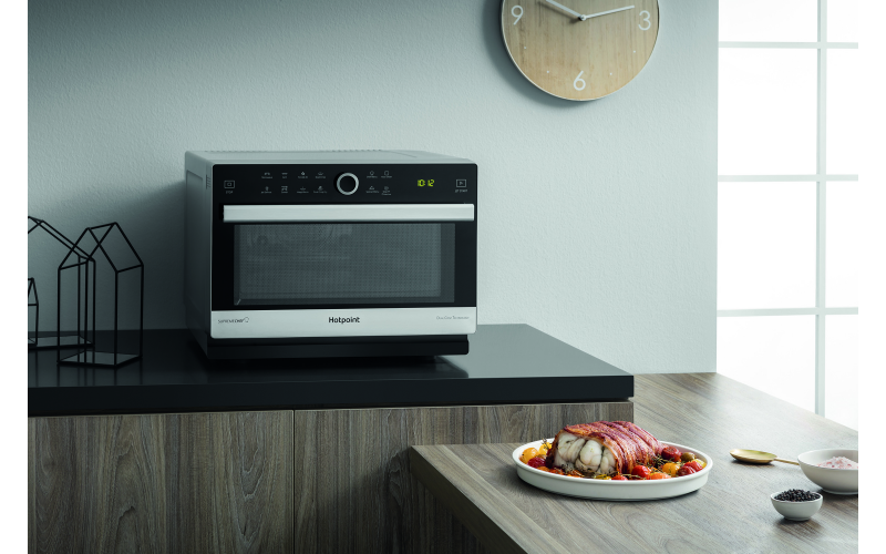 Hotpoint countertop Supreme Chef microwave oven (MWH 338 SX)