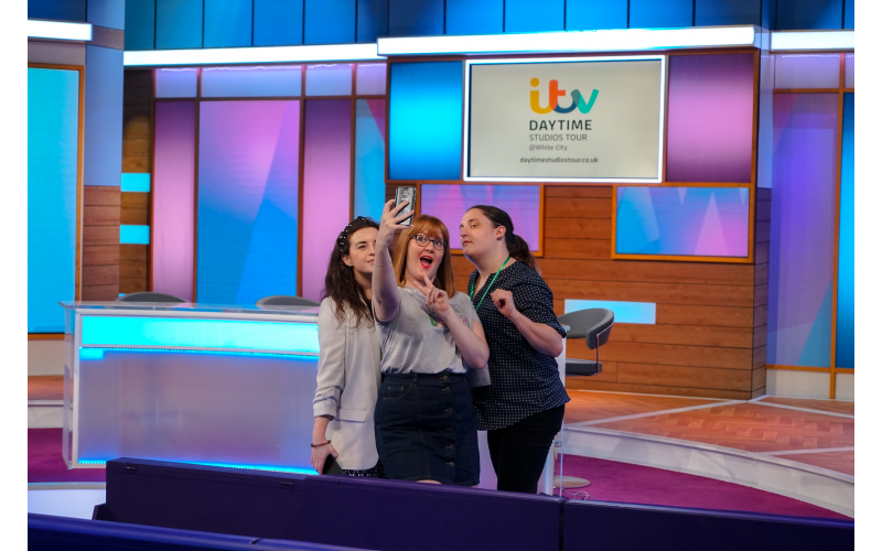 A pair of tickets to the ITV Daytime Studios Tours and a This Morning Apron