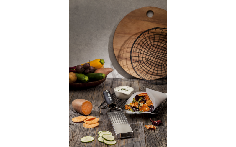 Win a NEW Gourmet Slicer and Hand Guard From Microplane