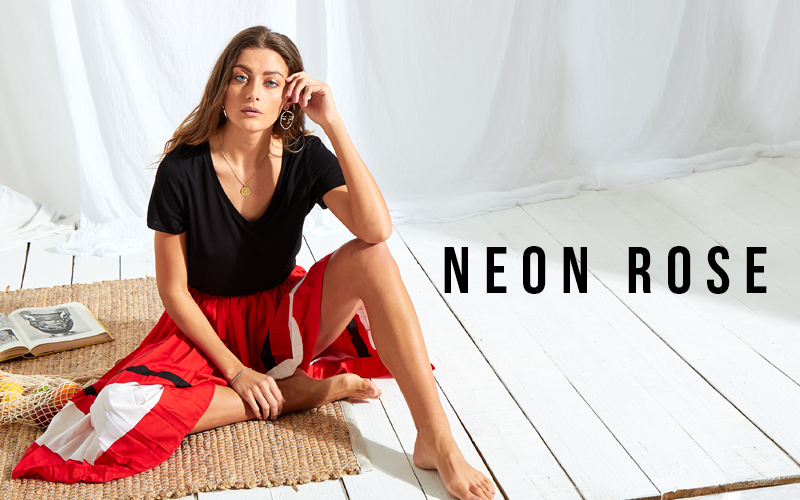 Win £50 Gift Card with Neon Rose